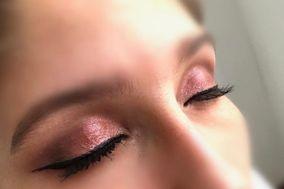 Mirella Makeup