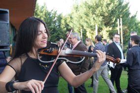 Lia Jensen - Dj & Violinist