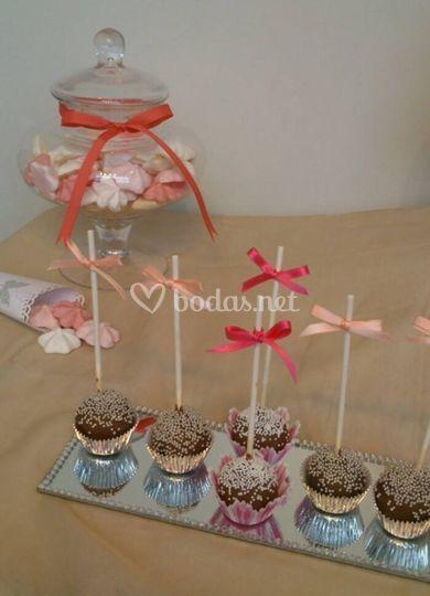 Cake pops y merengues