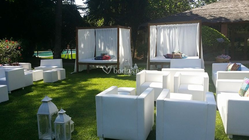 Camas balinesas y chill out