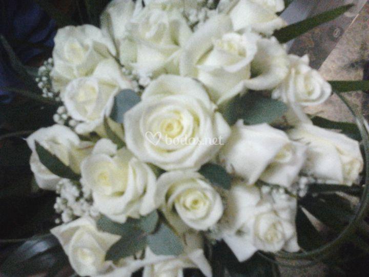 Bouquet de rosas sencillo