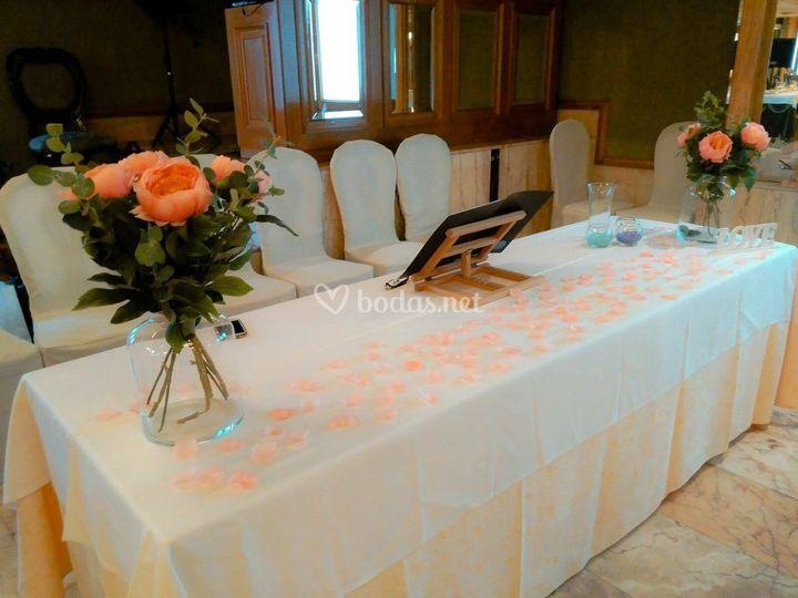 Mesa Maestro de Ceremonias