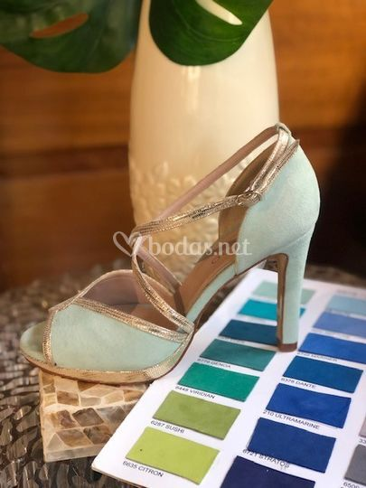 Zapato agua marina