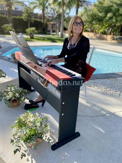 Maria José, Piano