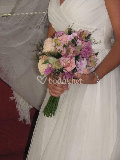 Ramo de novia en tonos rosas