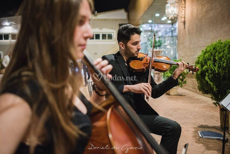 Dúo violín violonchelo
