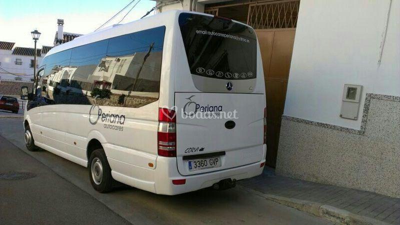 Mercedes de 20 plazas