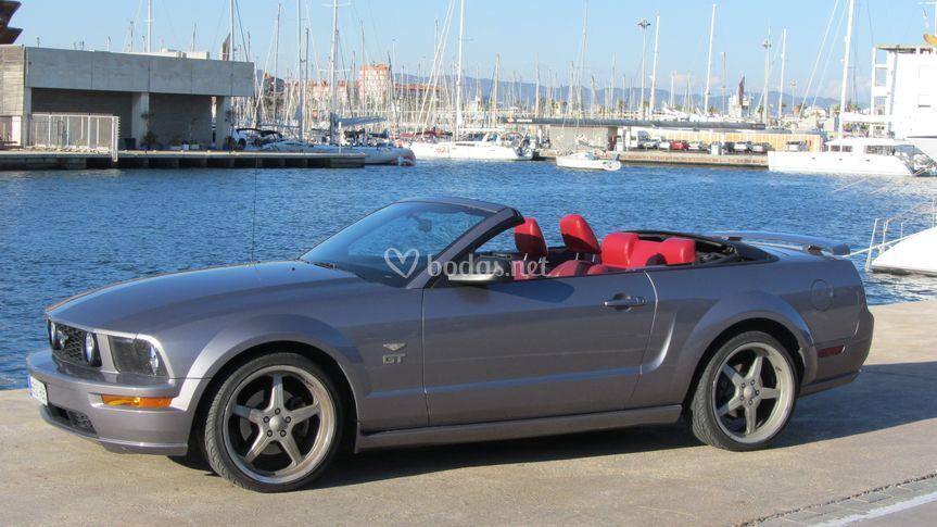 Ford Mustang cabriolet V8 GT