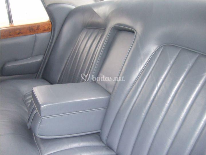 Interior del Rolls Royce
