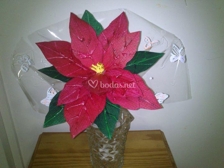 Flor de cartón