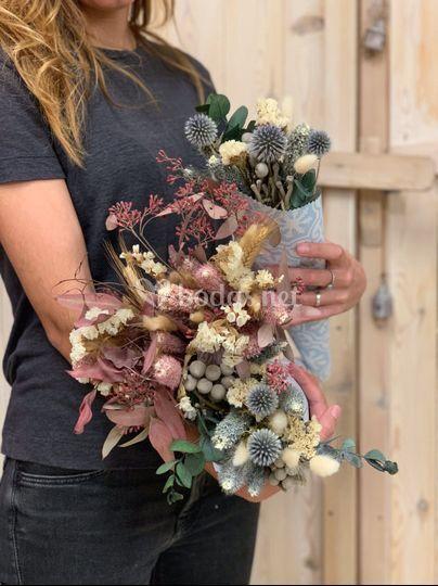 Trabajando flores en el taller