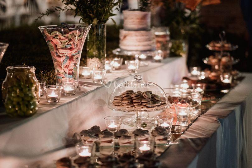 Mesas de golosinas y dulces