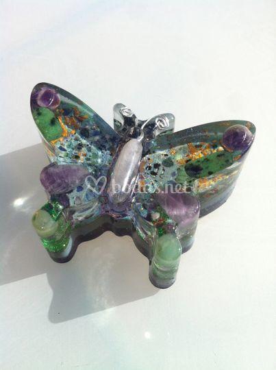 Mariposa orgonita  gemas