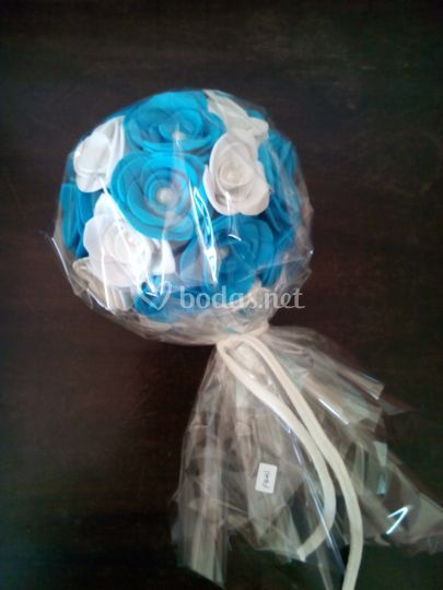 Azul y blanco