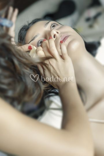 Maquillando