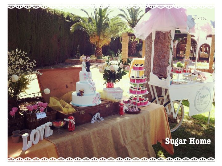 Candy bar y tarta nupcial