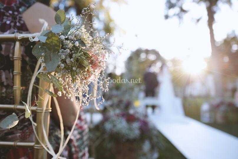Novios en boda civil