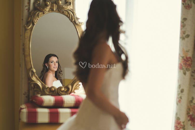 Novia en el espejo