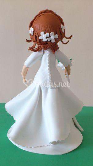 Detalle vestido y peinado novia