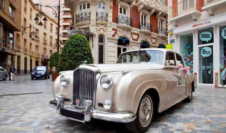 Rolls marfil y perla con a/a