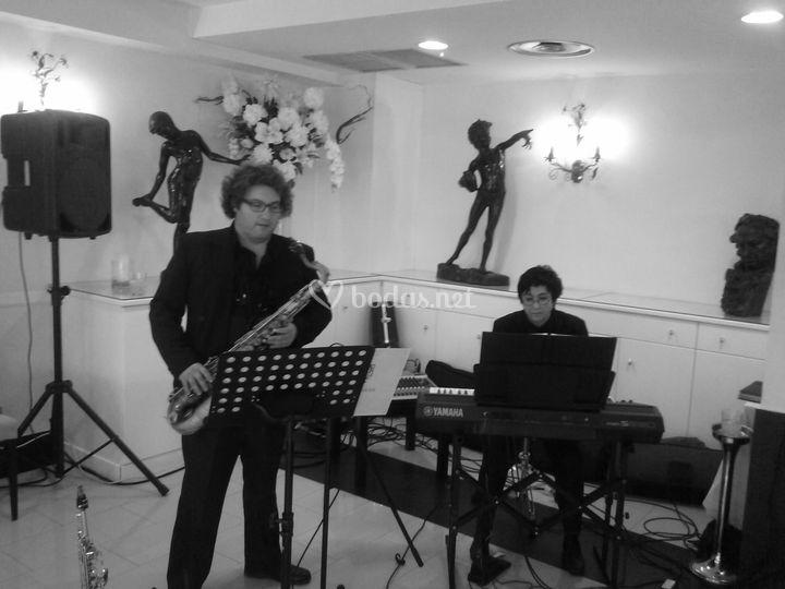 Dúo Piano y Saxo Gayarre