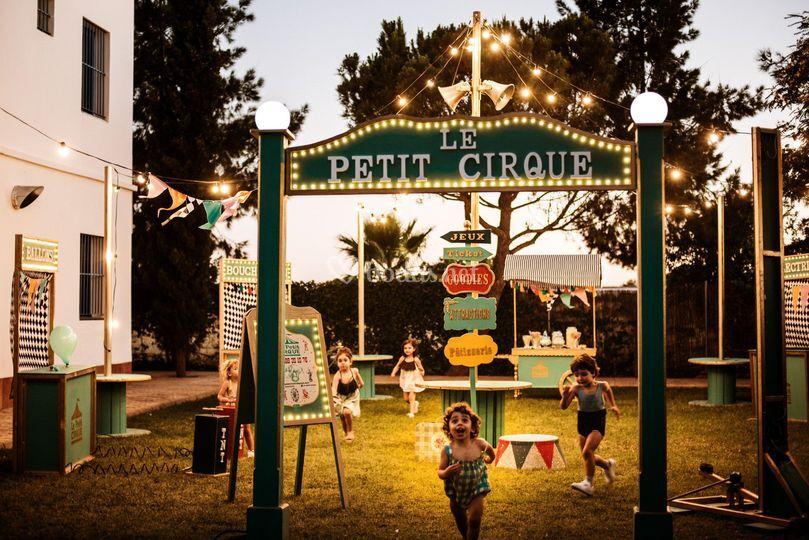 Le petit cirque feria de juego