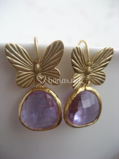 Pendientes mariposa lila