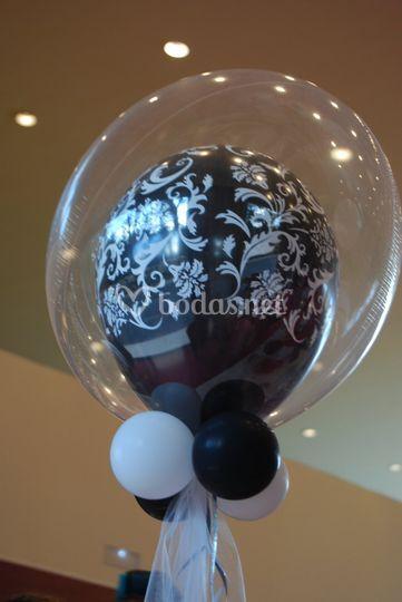 Centro de mesa con doble globo
