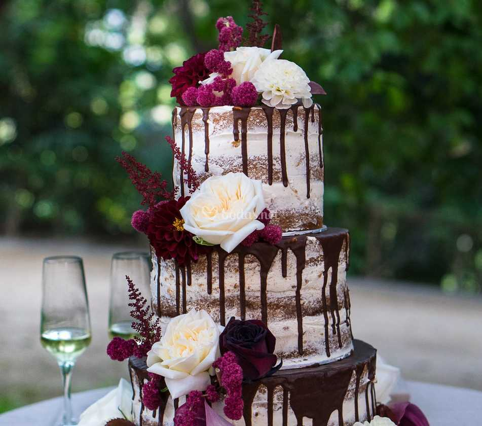 Drip Naked Cake