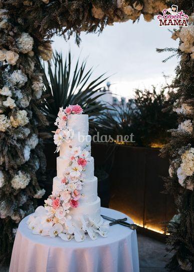 Tarta cascada de flores