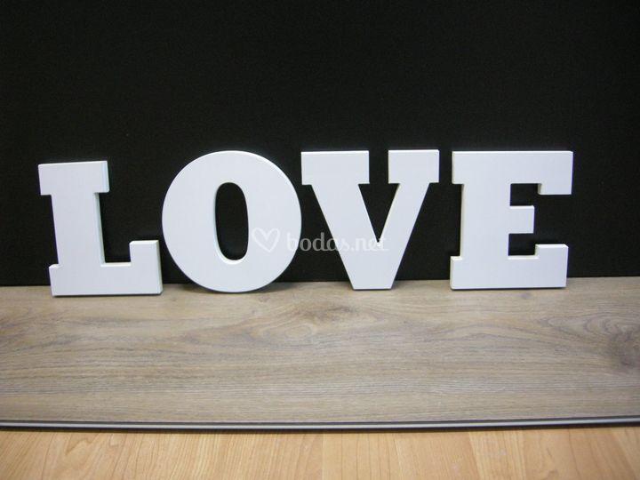 Letras love de madera