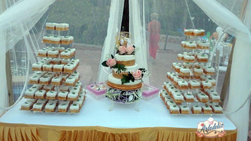 Torre pastelitos, tarta