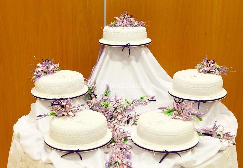 Pastel de boda Buqué con flores