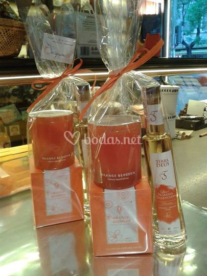 Licor de naranja y vela azahar
