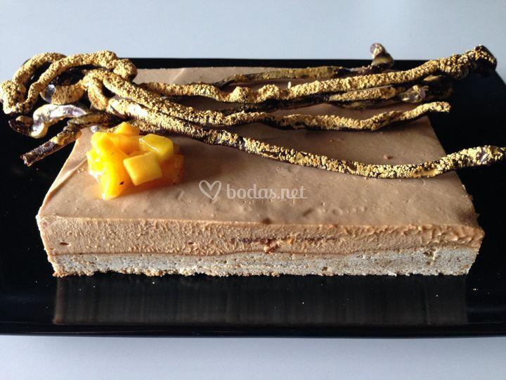 Pastel de mango y chocolate