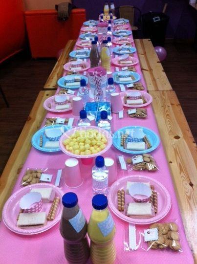 Montaje de mesas infantiles