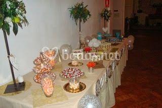 Mesa de bombones y chuches