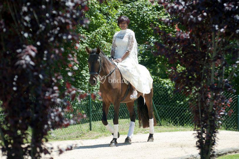 Novia a caballo