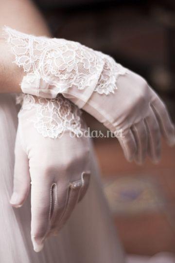 Las manos de la novia
