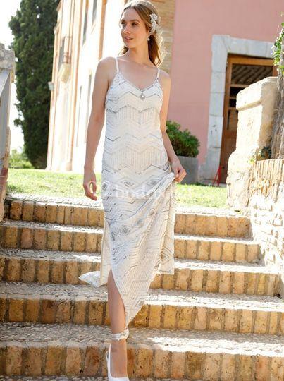 Vestido largo de novia bordado