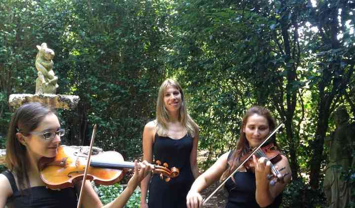 Dos violines y piano