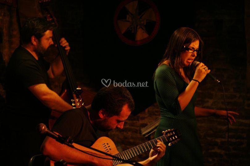 Terela Strings & Songs