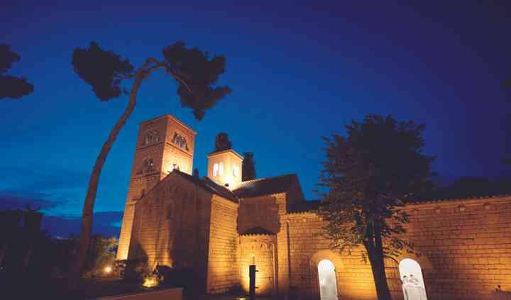 Monasterio de noche