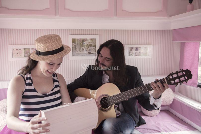 Regala música a tus invitados