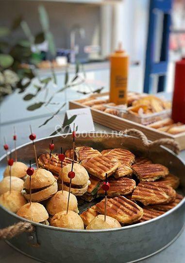 Mini hamburguesas y mini sandwitches