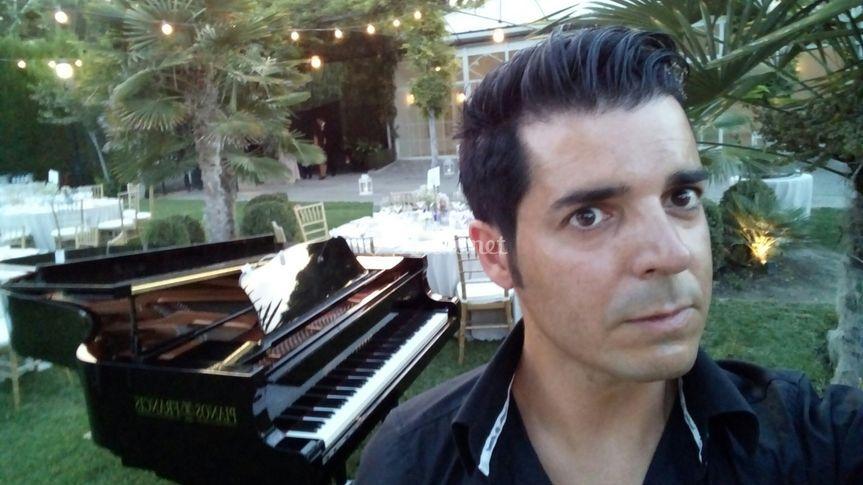 Raúl Sánchez - Pianista