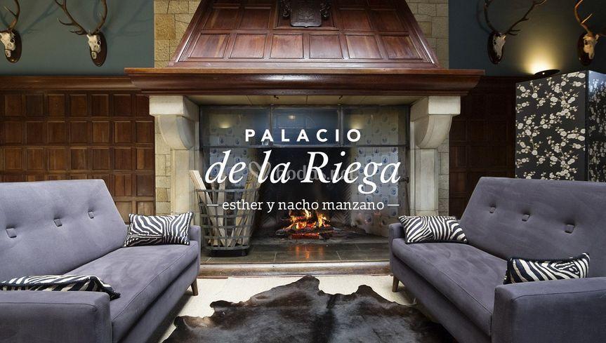 Salón Chimenea La Riega