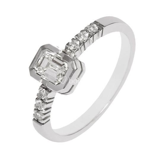 Anillo prometida diamante