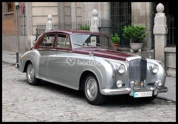 Bentley S2 Plata Burdeos