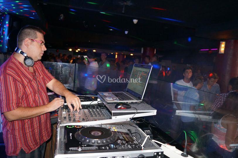 Sesión en discotecas